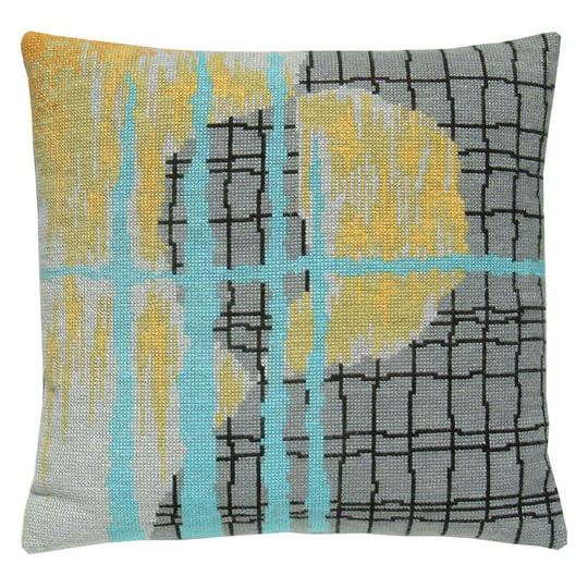 Fru Zippe Pillow Broken Mug 74 P19