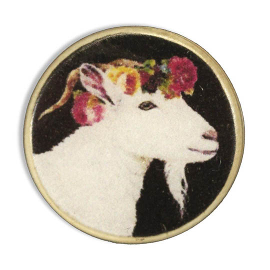 Jim Knopf Resin button goat Hanna 23mm